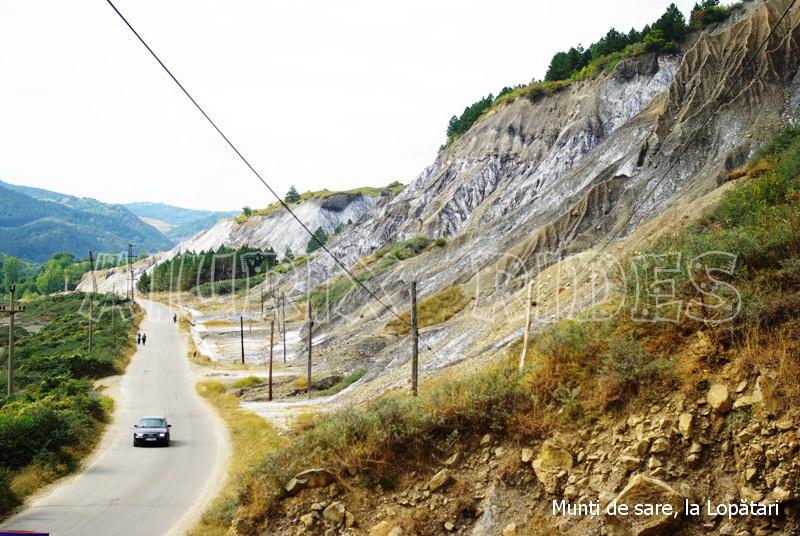 excursie valea slanicului
